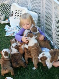 baby girl and baby bulldog, so cute....<3. . .  posted by: pinterest