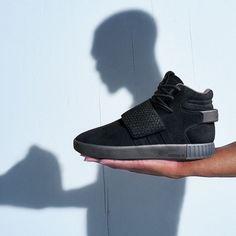 adidas Originals Tubular Invader Strap: Black