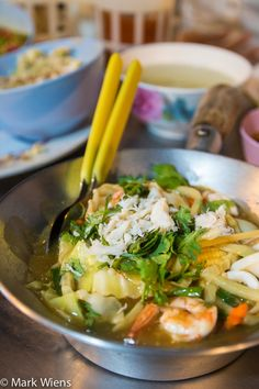 Sukhumvit Soi 38 – An Introduction to Eating Street Food in Bangkok