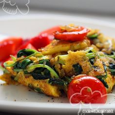 Leckeres Spinat-Omelette mit Tomaten – Essen ohne Kohlenhydrate