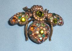 Sparkly Joan Rivers Bee Rhinestone Pin/Brooch