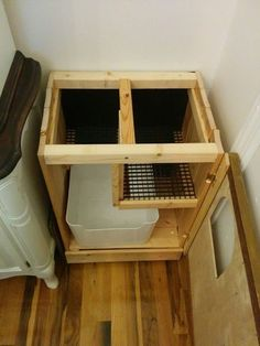 Hidden litter box with de-littering cat walk More