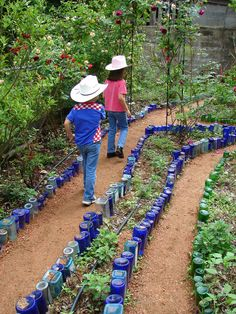 Kids stroll the labyrinth at Mano Poderosa | Flickr - Photo Sharing!