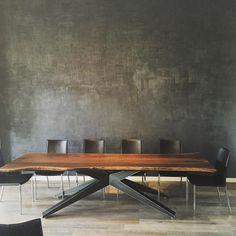 פינת אוכל דגם 'פלטה' © קומפי רהיטים ראשון לציון Ping Pong Table, Living Room Designs, Conference Room, Furniture, Tables, Home Decor, Cement, Recycled Furniture, Mesas