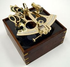 BRASS SEXTANT WITH WOOD AND ETCHED GLASS BOX