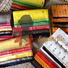 In Odia, Kathi means stick. Kathifera (or Kathiphera) sarees have thin stick-like borders all along the border, which are distinctively different from the borders of sarees mentioned above. Along with the border, the three-coloured bands in the pallu and the three rows in the border define Kathifera sarees. Sambalpuri Saree, Silk Sarees Online Shopping, Pure Silk Sarees, Ikat, Pink And Green, Hand Weaving, Bands, Pure Products, Hand Knitting