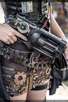 The Gears and Gun by reinfall.deviantart.com