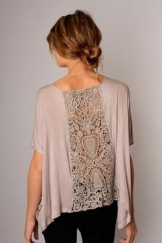 alice brans posted T shirt remake with inserted lace panel. to their -crochet ideas and tips- postboard via the Juxtapost bookmarklet. Diy Clothing, Sewing Clothes, Clothes Refashion, Refashion Dress, Refashioning Clothes, Sweater Refashion, Crochet Clothes, Diy Fashion, Ideias Fashion