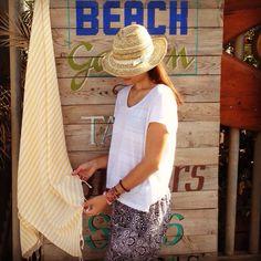 Inauguramos la temporada con el día de la Madre ☀️ Felicidades a todas las mamás desde Molacoton!  #Molacoton #molamonton #turkishtowel #toallaturca #fouta #pestamal #pestemal #playa #peshtemal #beach #barcelona #barceloneta #color #cotton #algodon #natural #viaje #viajar #viajero #travel #traveler #traveling