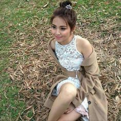 She's so beautiful. So Filipina. So natural. Daniel Padilla, Kathryn Bernardo, Jadine, Filipina, Queen Of Hearts, King Queen, Ulzzang, Baby Animals, Fashion Beauty