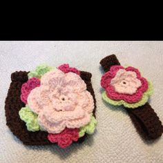 Cutest little diaper cover and headband  http://www.ravelry.com/patterns/library/pattern132--fancy-flower-diaper-cover-and-headband-set