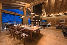 World class luxury ski holiday Chalet Aconcagua in Zermatt available to book through Ultimate Luxury Chalets. Alpine Chalet, Swiss Chalet, Metal Building Homes, Building A House, Log Home Plans, Barn Plans, Chalet Interior, Interior Design, Garage Apartment Plans