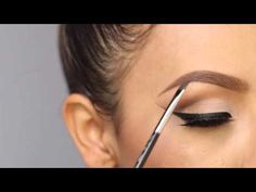 Eyebrow tutorial Desi Perkins