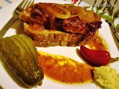 Palúchov rezeň (fotorecept) - Recept French Toast, Bacon, Treats, Breakfast, Food, Sweet Like Candy, Morning Coffee, Goodies, Essen