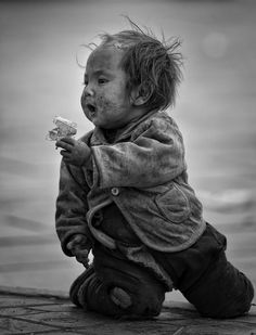Young Beggar - a beggar on shigatze..... High economic development on the east China doesn't have any effect to the poor people in the west china.  Visit for more details :  https://www.facebook.com/hendr0hioe