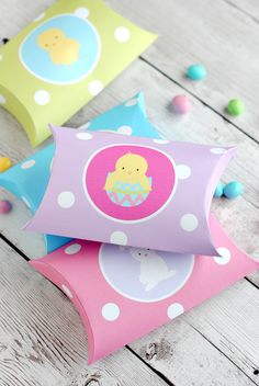Cute #Easter Pillow Boxes