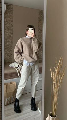 Winter Fashion Outfits, Modest Fashion, Look Fashion, Korean Fashion, Winter Outfits, Mode Outfits, Retro Outfits, Cute Casual Outfits, Stylish Outfits