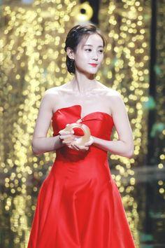 2000s Fashion Trends, Asian Beauty, Asian Girl, Formal Dresses, Girls, Women, Asia Girl, Dresses For Formal, Toddler Girls