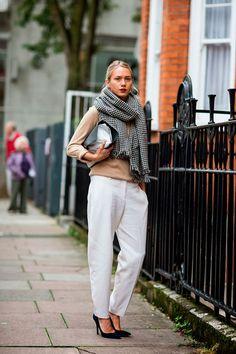 Classiq-Chunky-houndstooth-scarf-London-street-style