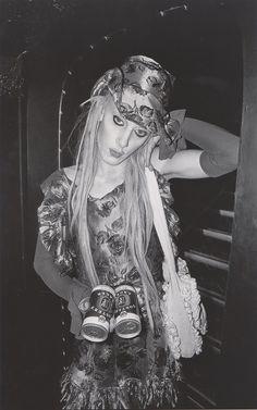 Articolo su Derek Ridgers London Youth 78-87, Mark, Taboo, 1985