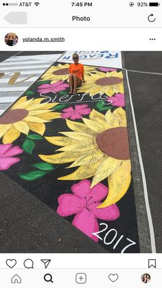 Abschlussjahr - Painting and Drawing - Gymnasium Senior Year Of High School, High School Seniors, David Zinn, Parking Spot Painting, Calligraphy Drawing, Sidewalk Chalk Art, Chalk Drawings, Random Drawings, Space Painting