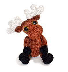 Mostyn the Moose amigurumi crochet pattern by Patchwork Moose (Kate E Hancock)