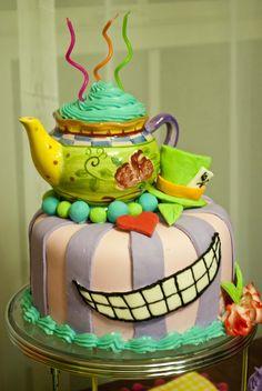 Alice in wonderland cake!!
