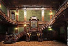 Goetz Palace