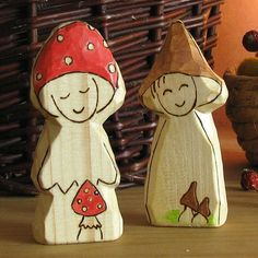 Natural toy waldorf toy wooden carved