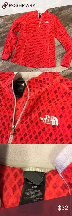 The North Face cheerful fleece Pretty red and maroon diamonds with grey accents in excellent condition.18 inches pit to pit is 25 inches. In close to new condition. The North Face Sweaters
