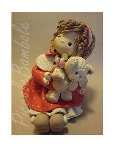 Versione senza effetti Merry Christmas. Bambola Porcellana Fredda