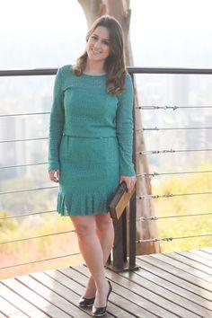 vestido-verde-renda-babados-scarpin-preto-book-clutch-look-do-dia-drops-das-dez-laina-laine-2