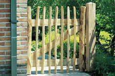 Garden Crafts, Garden Projects, Diy Projects, Country Fences, Seaside Garden, Fence Screening, Wooden Gates, Garden Deco, Garden Architecture