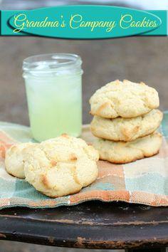 Grandmas Company Cookies with Country Time Lemonade #Desserts #Recipes