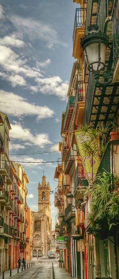 Valencia, España                                                                                                                                                     Más