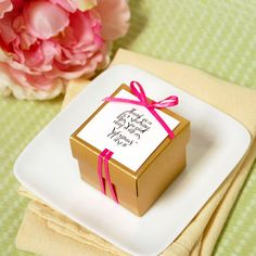 Personalized petite wedding favor box exclusivelyweddings beau coup is your best source for do it yourself wedding favor ideas find unique diy favor ideas for your wedding solutioingenieria Gallery
