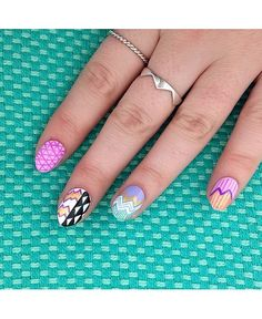 Nail selfies  10 of the best nail art snaps from Instagram this week 82a335afa197