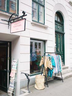 City-guide de Copenhague: toutes mes bonnes adresses Vintage Buffet, Odense, Road Trippin, Guide, Denmark, Travel, Viajes, Cinque Terre Italy, Copenhagen