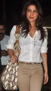 Celebrity Makeup: Priyanka Chopra...