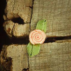 Ribbon Rose 3cm  Peach  100 by Craft365.com ~US$4.90