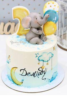 Baby Boy Birthday Cake, Baby Birthday Cakes, Baby Boy Cakes, Cakes For Boys, Girl Cakes, Princess Birthday, Royal Icing Cakes, Buttercream Cake, Elephant Baby Shower Cake