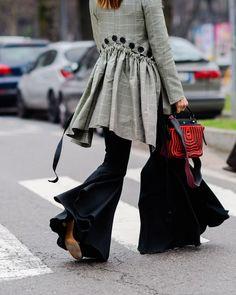 30 Stylish Ways to Wear Ruffles
