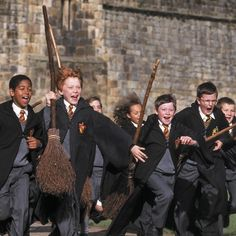Wouldn't you love to learn to fly? #HarryPotter