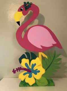 16 Ideas Birthday Decorations Ideas For 2019 Pink Flamingo Party, Flamingo Decor, Flamingo Birthday, Flamingo Craft, Jungle Decorations, Birthday Party Decorations Diy, School Decorations, Birthday Ideas, Decoration Creche