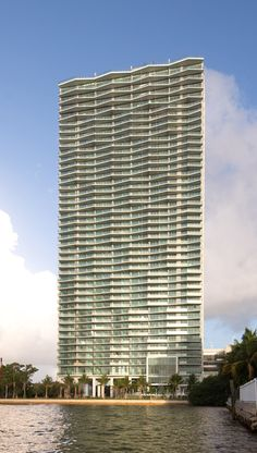 Arquitectonica creates waterfront tower in Miami with a sculptural facadeIcon-Bay-by-Arquitectonica-ext_dezeen_468_1