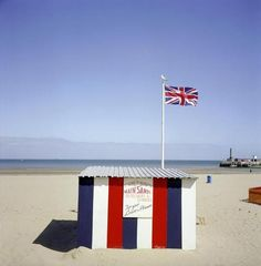 Margate—A portrayal of a traditional English seaside resort, 2002 Peter Marlow
