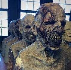 Horror Masks, Horror Art, Horror Movies, Special Makeup, Special Effects Makeup, Walker Zombie, Creepy Drawings, Monster Mask, Monster Costumes