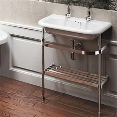 Sink with different handles