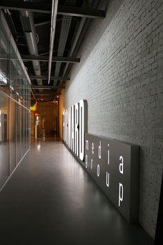 Forward Media Group by za bor architects