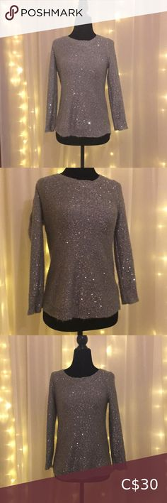 Grey sparkle sequin glitter Anne Klein sweater Anne klein sweater Sparkle / sequin detailing Grey colour Brand new condition Fits larger because it is a sweater is small. Tight on me with. 36 inch chest but still wearable. Make me an offer. :) This sweater is gorgeous when it catches the light! Anne Klein Sweaters Crew & Scoop Necks Cool Sweaters, Red Sweaters, Anne Klein, White Knit Sweater, Color Block Sweater, Long Sleeve Sweater, Free People, Sequins, Plus Fashion